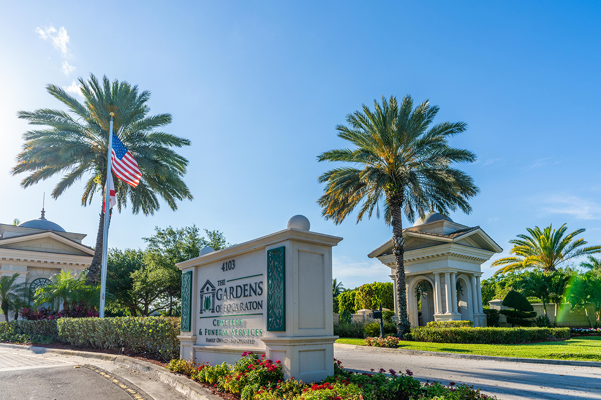 boca raton funeral home entrance