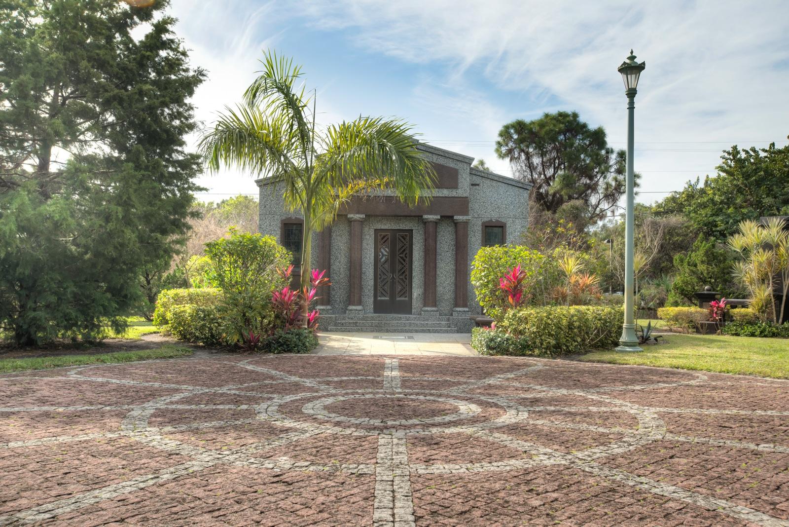 gardens boca raton mausoleum